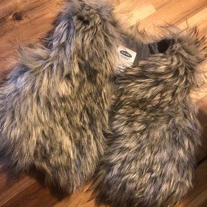 Old Navy toddler fur vest